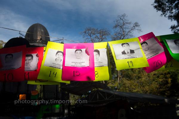 Oaxaca, zocalo, Ayotzinapa