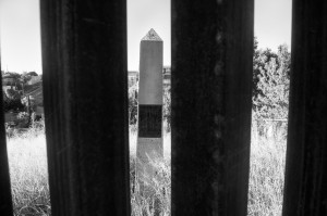 NogalesWall_091616_052_BW